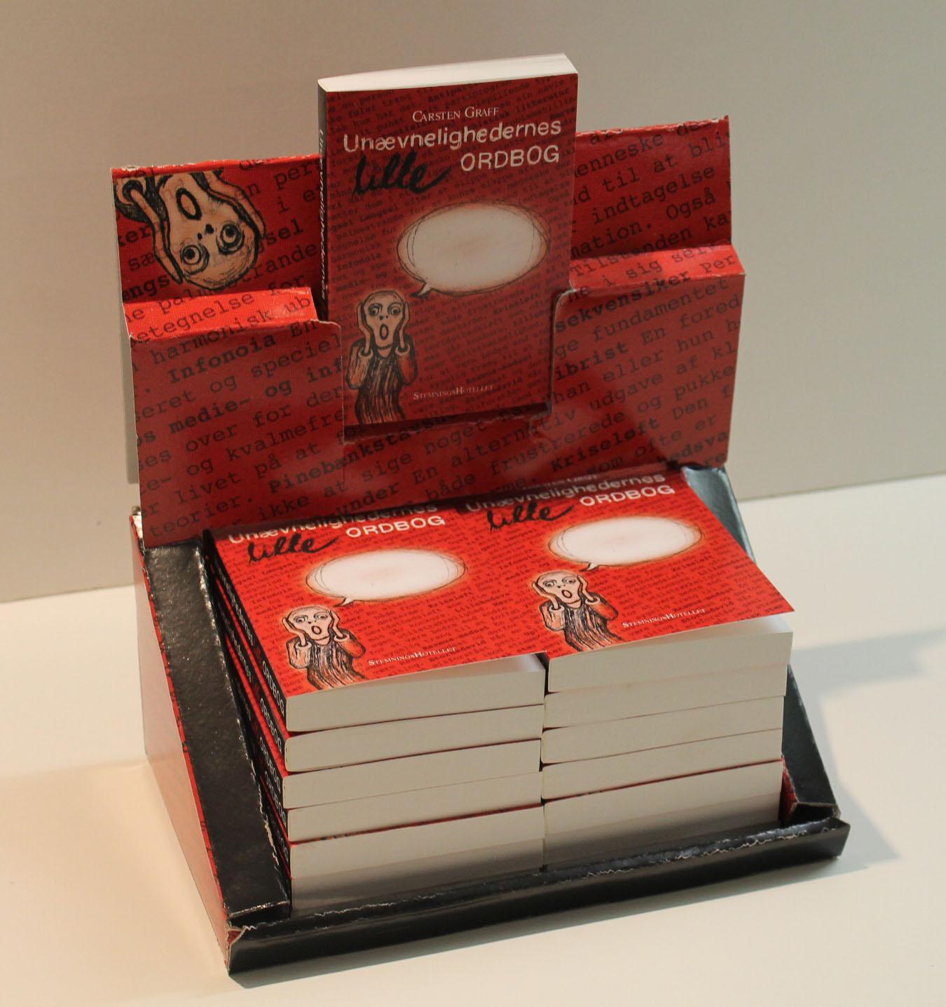Unævnelighedernes lille ordbog / Display med 16 stk bøger